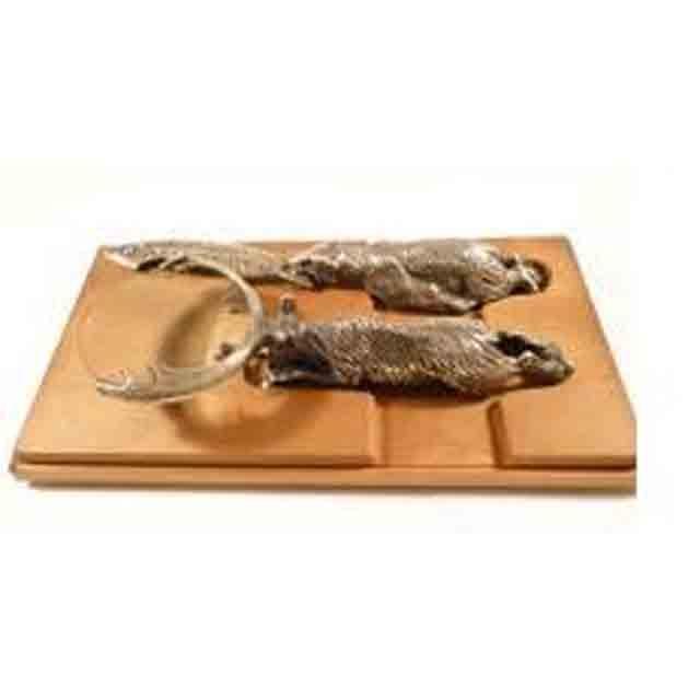 Нож, лупа (медведь и северный олень)