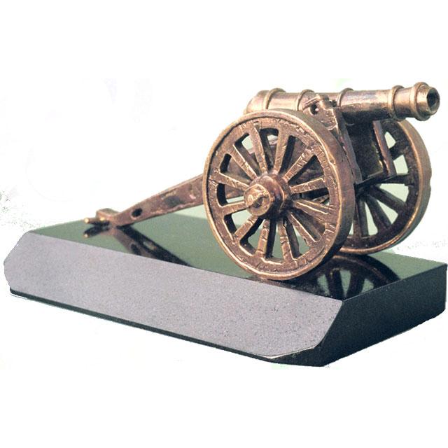 Пушка (символ Каменск-Уральска)