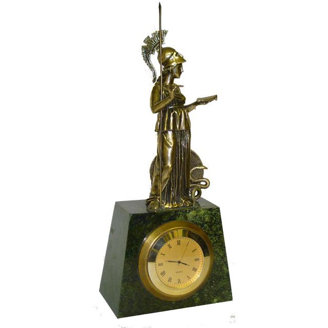 Часы с Афиной-Палладой