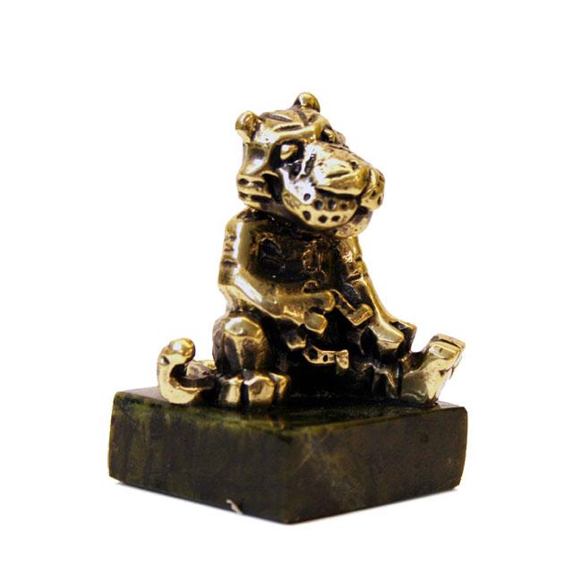 Тигр с подковой